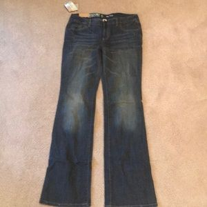 Mossimo boot cut jeans new with tags. Size 11